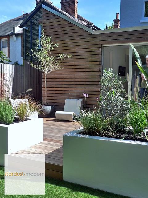Contemporary Modern Landscape Design Ideas for Small Urban ...