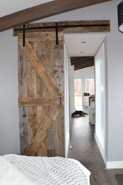 Porte de grange barn door for Decoration porte de grange