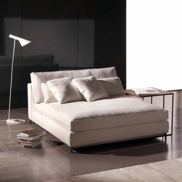 Houzz Modern Bedroom Furniture: Minotti Albers Day Bed