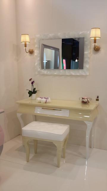 Cersaie 2014 exhibition in italy classico tolette e - Consolle bagno classico ...