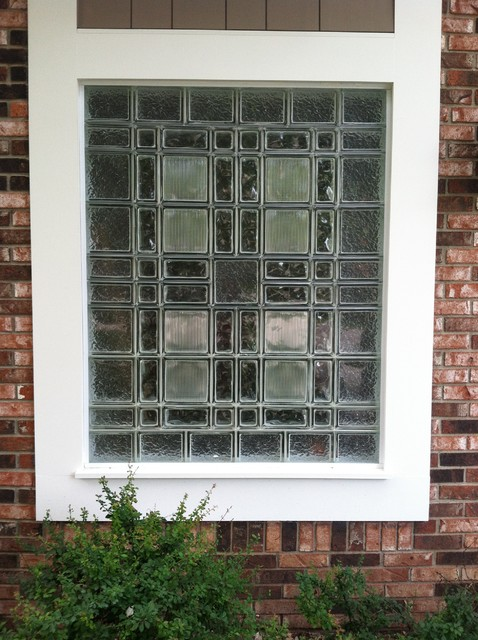 Decorative glass block garage window with different sizes for Glass block window sizes