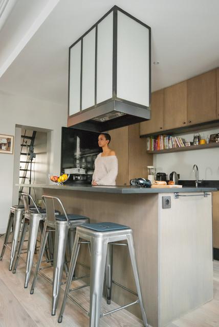hotte d corative en m tal et verre arm industrial other metro by les ateliers du 4. Black Bedroom Furniture Sets. Home Design Ideas