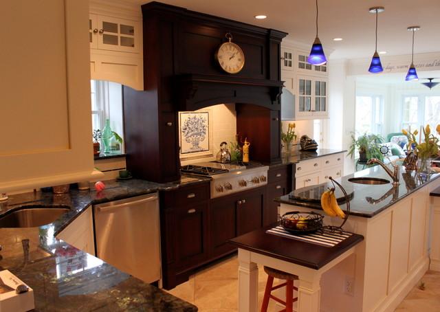 Springfield custom kitchen moderne cuisine for Architecture cuisine et bains