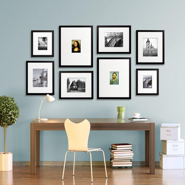 Photo frame wall layout