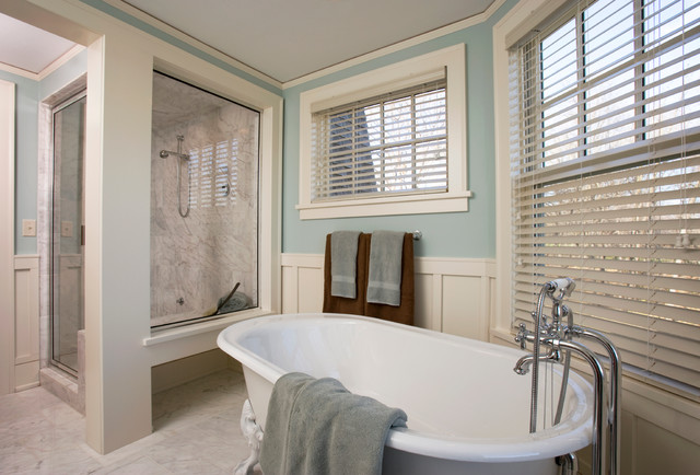 Faux Wood Blinds Beach Style Bathroom Blue White