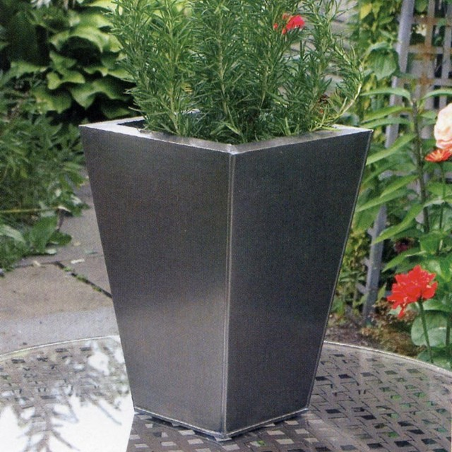 Metal Planters Modern Indoor Pots And Planters Other By Goverhorticul