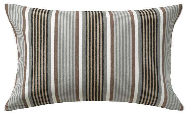 ragnborg bauhaus look dekokissen von ikea. Black Bedroom Furniture Sets. Home Design Ideas