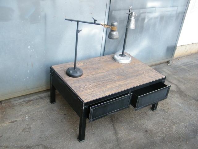 Industrial furniture industriale tavolini da caff for Tavolini industrial