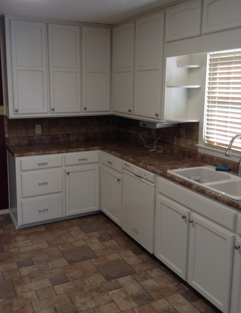 Bauer Kitchen Remodel Traditional Kitchen Other Metro By Re Bath 5 Day Kitchens Of