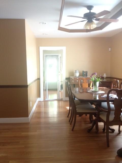 help choosing dining room rug size