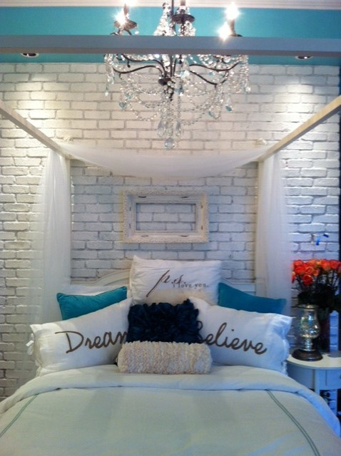 Girly Vintage Teen Bedroom