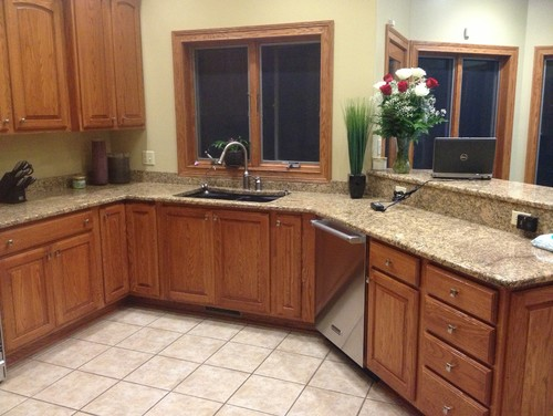 Oak Kitchen Cabinets Help What To Do Stain Or Paint