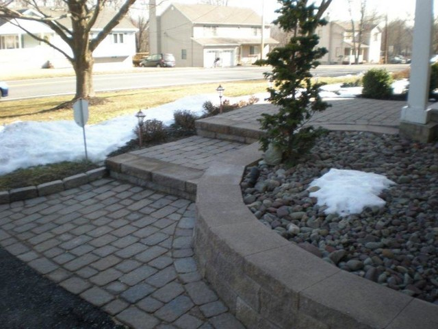 Omaha landscaping and holiday lighting for Landscape design omaha