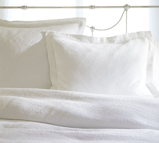 Marion Matelasse Coverlet Traditional Duvet Covers And