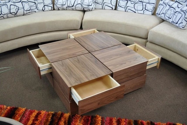 CONTEMPORARY WALNUT VENEER SQUARE COFFEE TABLE WITH
