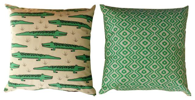 coussin crocodile contemporain coussin other metro par la chamelle. Black Bedroom Furniture Sets. Home Design Ideas
