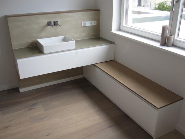 sideboard wei lackiert deckplatte eiche anger uchert und wei pigmentiert ge l modern. Black Bedroom Furniture Sets. Home Design Ideas