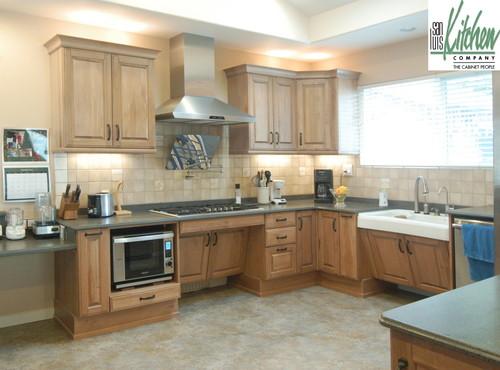Traditional Kitchen by San Luis Obispo Kitchen & Bath Designers San Luis Kitchen Co.