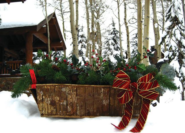 Farmhouse Outdoor Christmas Decorations : Holidays at wildflower farm edwards colorado