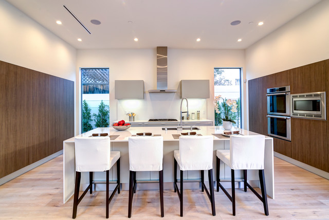 Southern california interiors modern kitchen los for Southern california interiors