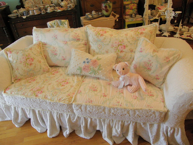shabby chic ruffle slipcovered sofa chenille bedspread white roses eclectic sofas new york. Black Bedroom Furniture Sets. Home Design Ideas