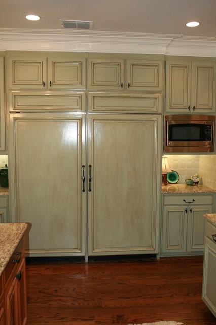 Kitchens new orleans de custom bilt cabinet and supply for Kitchen cabinets new orleans