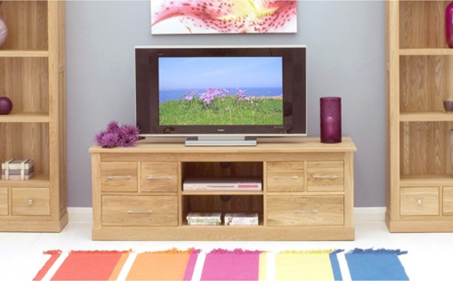 http://st.hzcdn.com/simgs/82c1ad760583b1ee_4-4138/contemporary-tv-stands-and-units.jpg