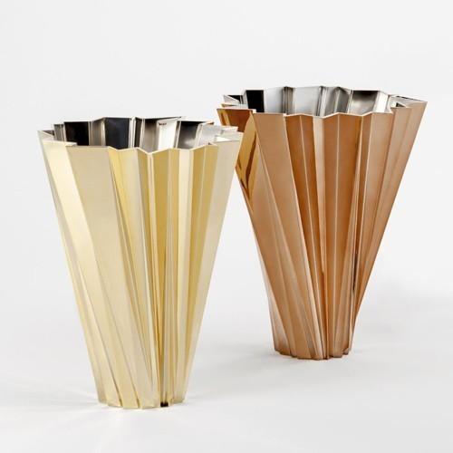 Precious shanghai vase modern vases by ylighting for Decoration kartell