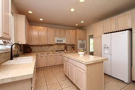 Need color suggestions for kitchen for Suggested colors for kitchens