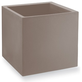 cosmos cache pot en plastique rotomoul 45x45cm taupe contemporain pot et jardini re d. Black Bedroom Furniture Sets. Home Design Ideas