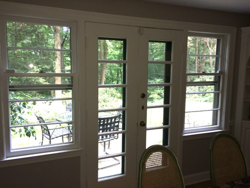 Dining room exterior french doors for Room with no doors or windows