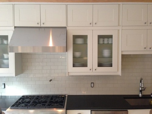 9 foot ceiling cabinets pictures again please for Kitchen cabinets 8 ft ceiling