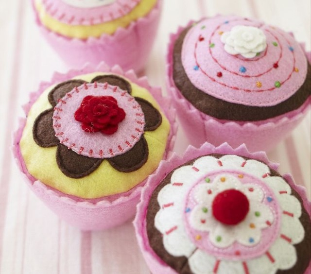 Cupcake Set Modern Kids Toys And Games By Pottery