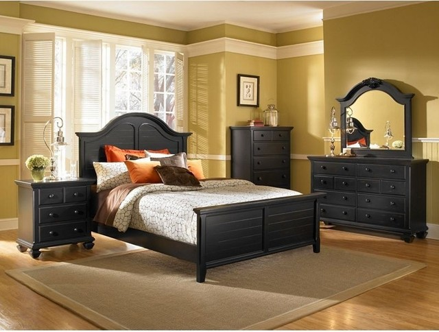 broyhill  mirren pointe king arched panel 7pc bedroom set
