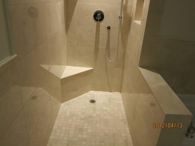 Bathroom crema marfil for Best paint color for crema marfil bathroom