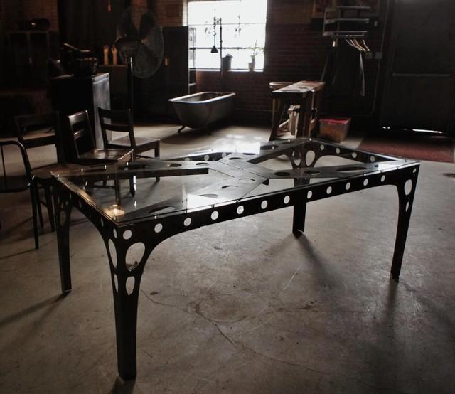 PK10 Dinig Table Industrial Dining Tables toronto  : industrial dining tables from houzz.co.uk size 640 x 554 jpeg 75kB