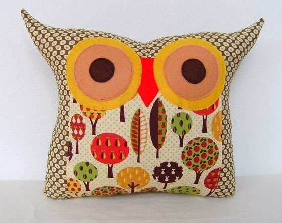 Owl Throw Pillow Etsy : The apple tree s wishes owl pillow by fongstudio on Etsy