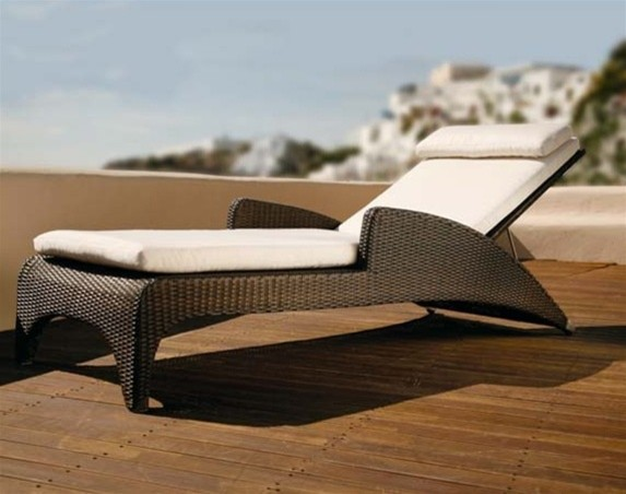 Variah Modern Patio Chaise Lounge Modern Patio