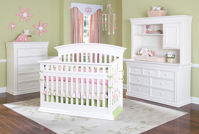 Legendary Curved Top Safety Gate Crib Traditional