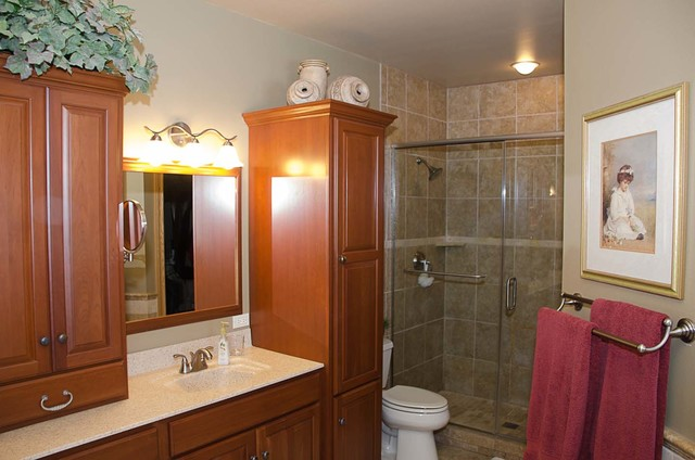 Funke Master Bath - Traditional - other metro - by Lowes ...
