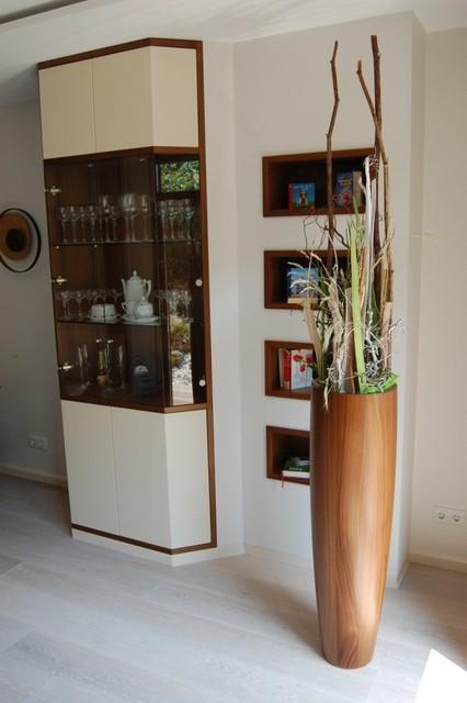 schrank und regalsysteme. Black Bedroom Furniture Sets. Home Design Ideas
