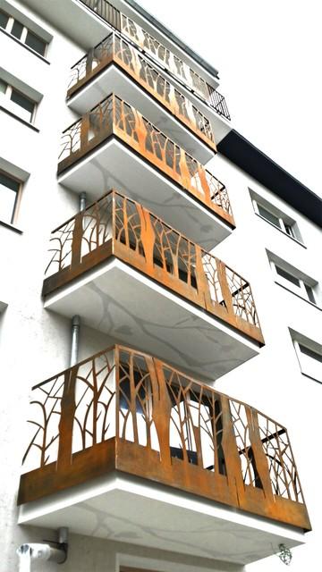 sch ner rostiger cortenstahl balkon modern balkon. Black Bedroom Furniture Sets. Home Design Ideas