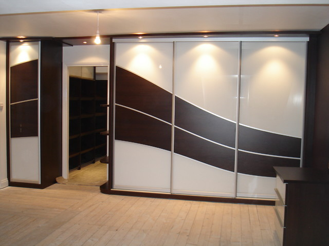 Chocolate Wood Wave Bedroom Design Contemporary Other By Sliding Wardrobes World Ltd