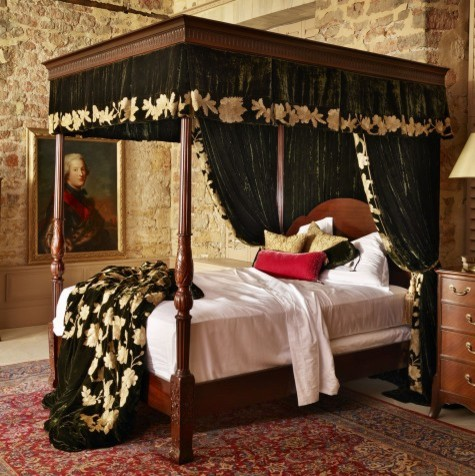 Georgian four poster bed four poster beds wooden beds for Traditional four poster beds