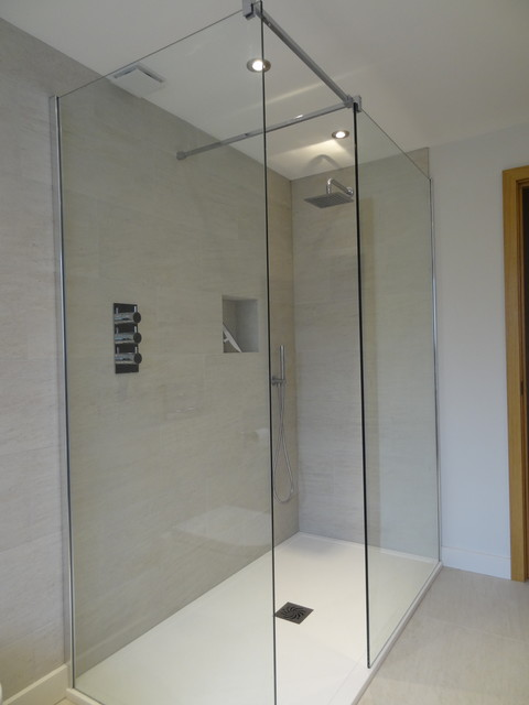 Clients new bathrooms modern london by wood grain for Holland kitchen bathroom design ltd