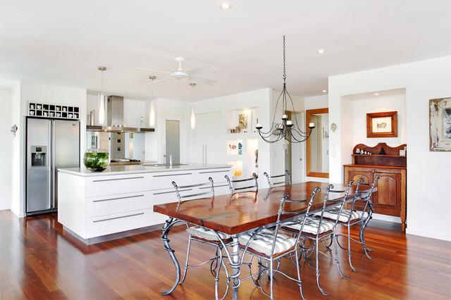 Sunrise beach modern kitchen sunshine coast by for Kitchen ideas for queenslanders