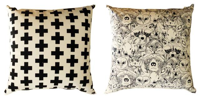 coussin black white contemporain coussin other metro par la chamelle. Black Bedroom Furniture Sets. Home Design Ideas