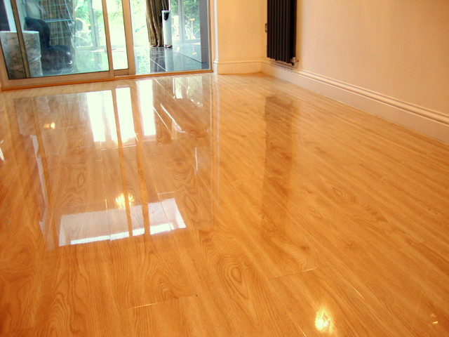 High Gloss Laminate Flooring Sandy Oak