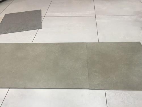 Carrelage pour sol couleur grise for Carrelage sol couleur orange