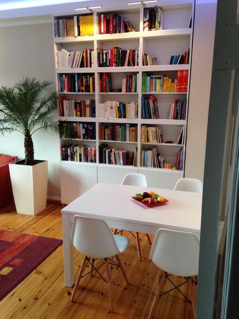 Wohnzimmer mit Kamin Flammeneffekt - Traditional - Living ...